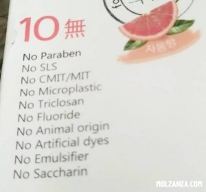 10 bahan dalam pasta gigi yang berbahaya bagi ibu hamil